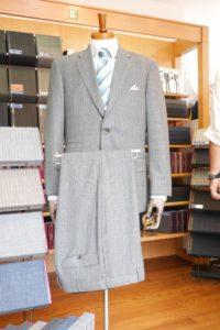 あなただけの一着をリーズナブルに手に入れましょう。